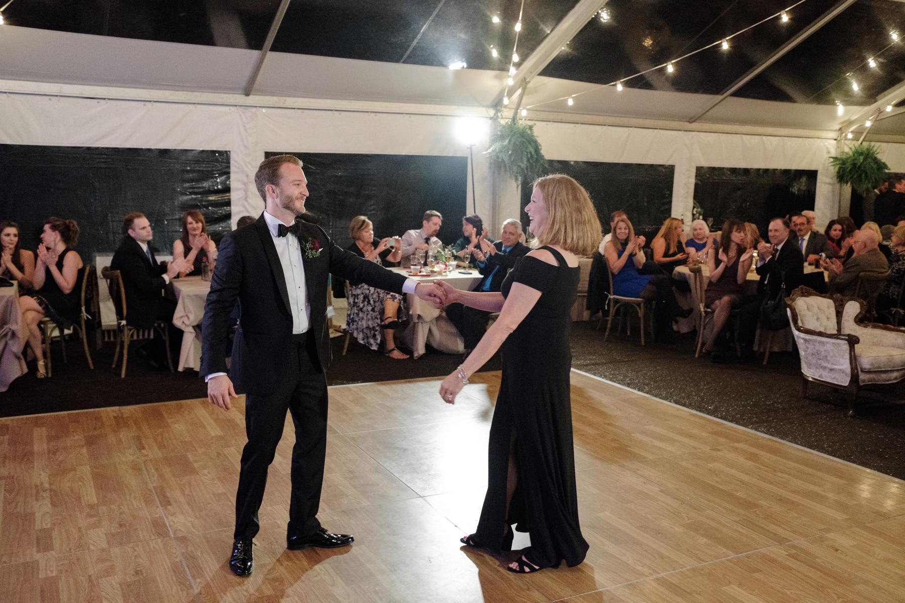 2017_BAP_KalliMatt_Gleneagles_CountryClub_Lemont_Wedding-80.jpg