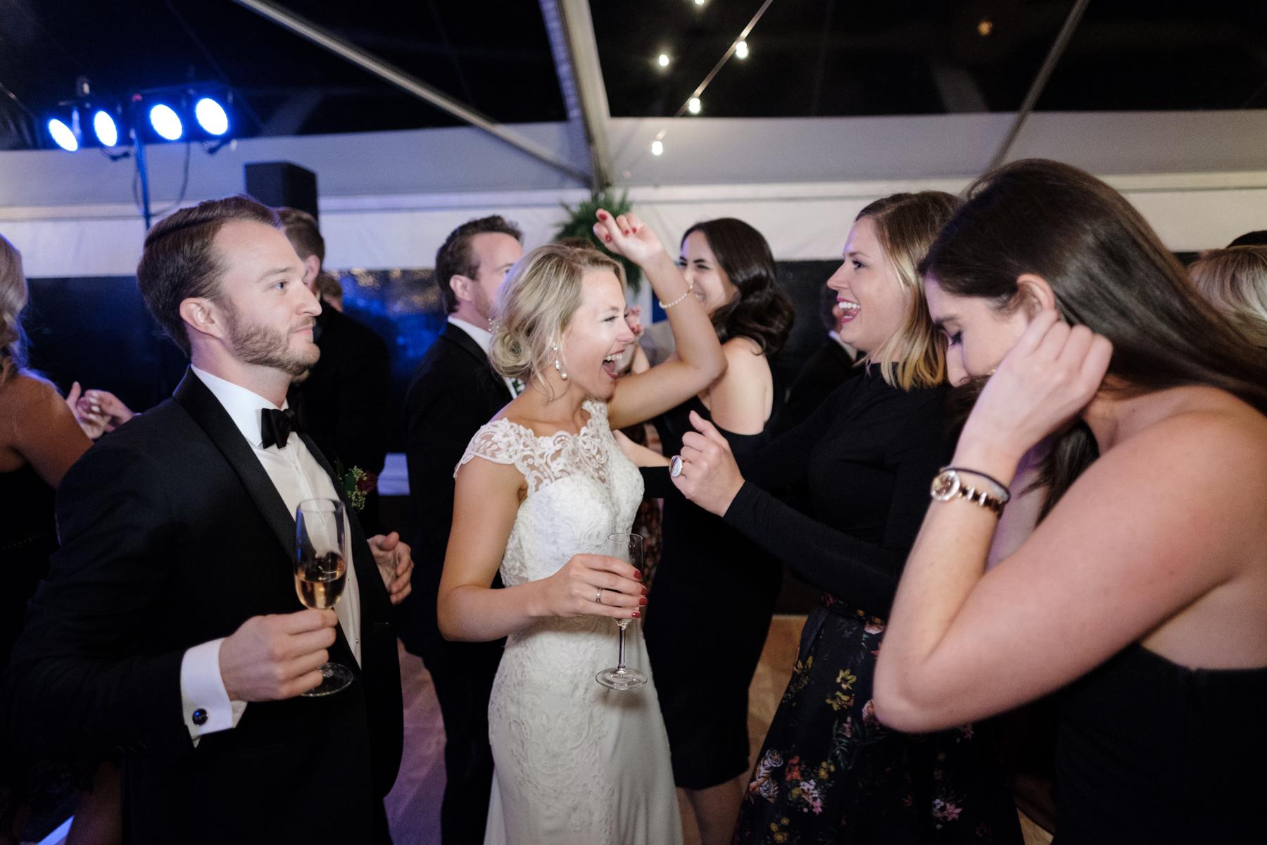 2017_BAP_KalliMatt_Gleneagles_CountryClub_Lemont_Wedding-89.jpg