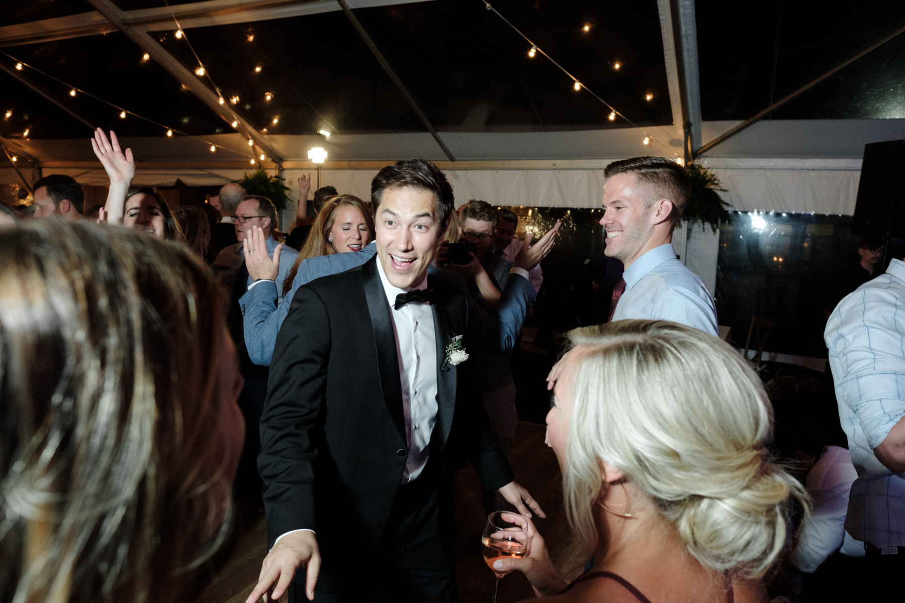 2017_BAP_KalliMatt_Gleneagles_CountryClub_Lemont_Wedding-94.jpg