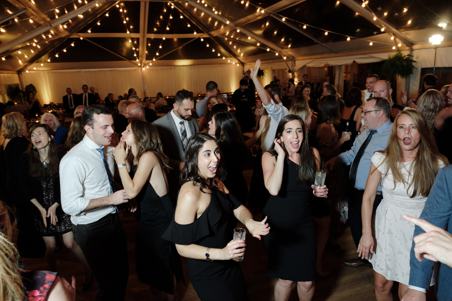 2017_BAP_KalliMatt_Gleneagles_CountryClub_Lemont_Wedding-95.jpg