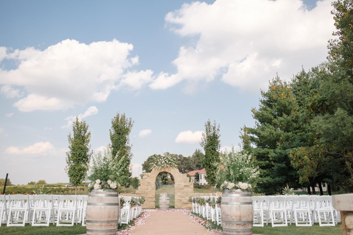 2017_BAP_JessicaNathan_DC_Estate_Winery_Wedding-34.jpg