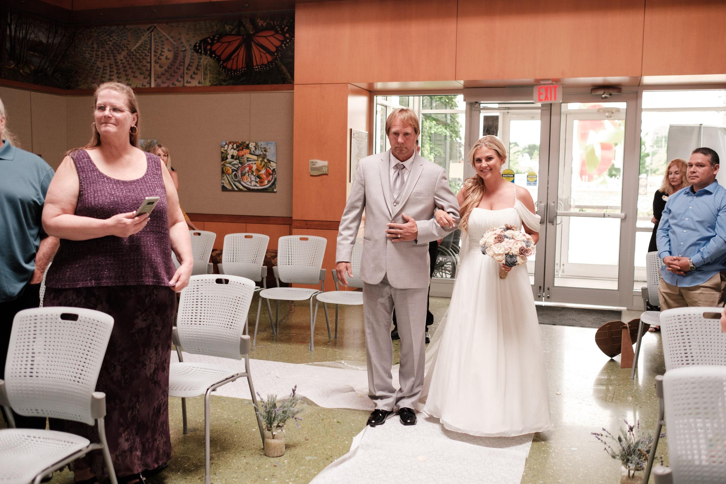 19-06-01 Megan Josh - Nicholas Conservatory Wedding-8.jpg