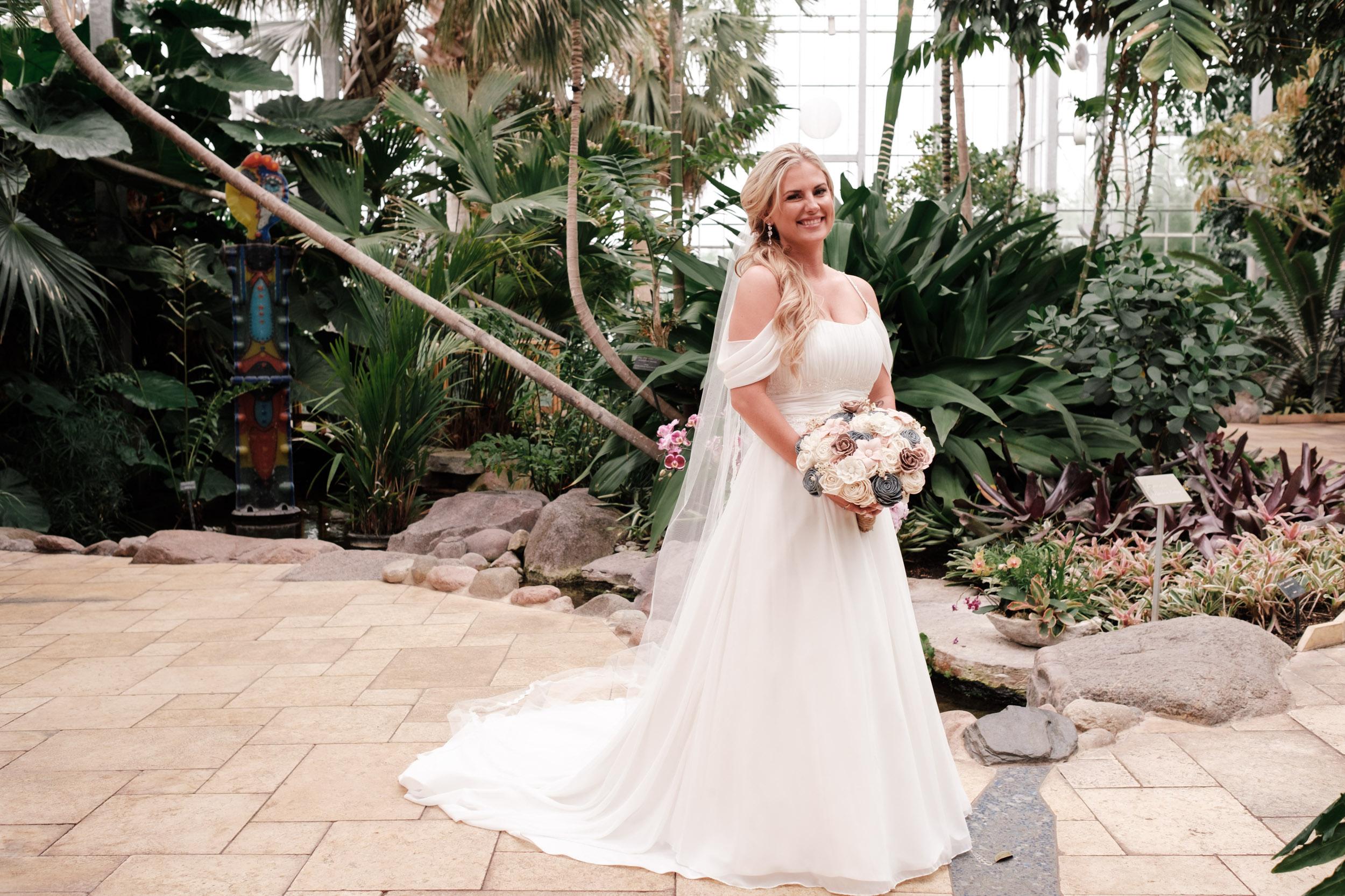 19-06-01 Megan Josh - Nicholas Conservatory Wedding-29.jpg