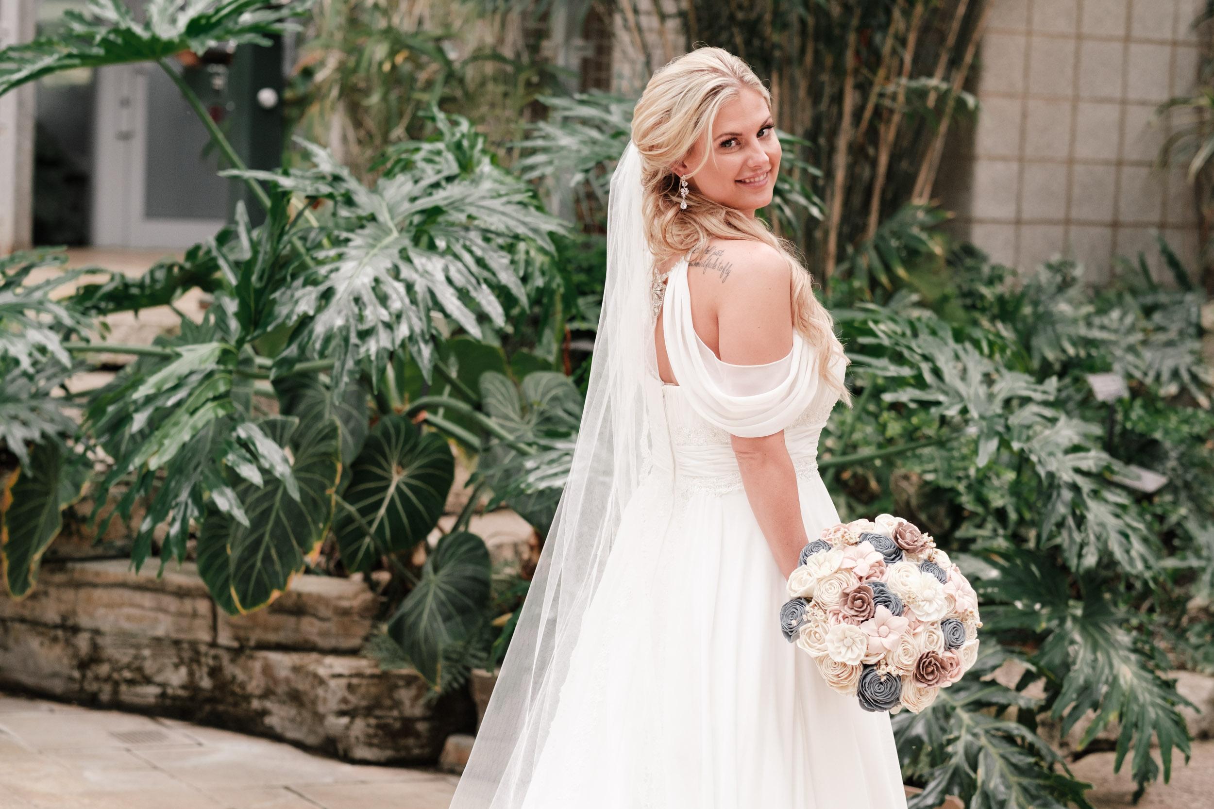 19-06-01 Megan Josh - Nicholas Conservatory Wedding-30.jpg