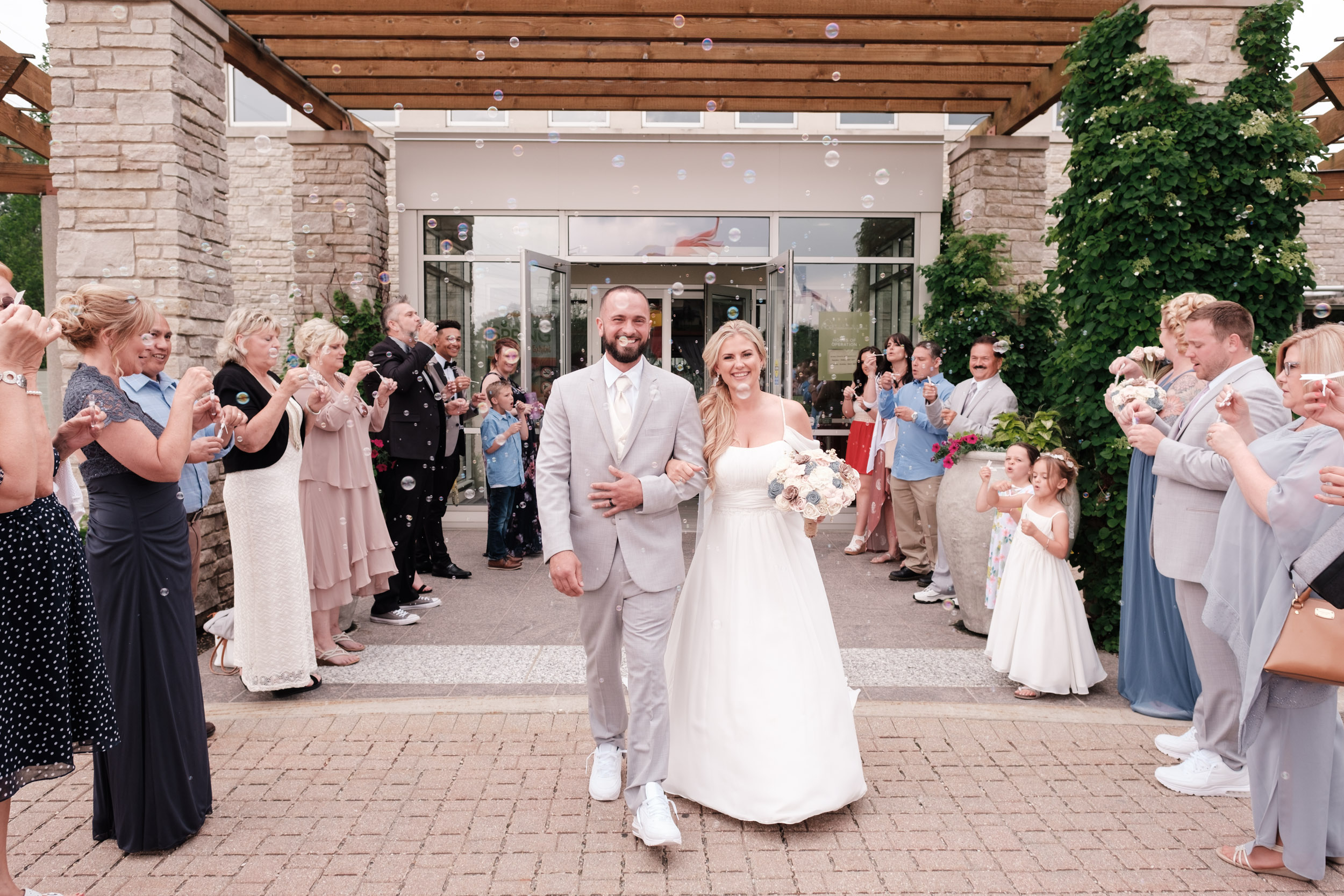 19-06-01 Megan Josh - Nicholas Conservatory Wedding-42.jpg