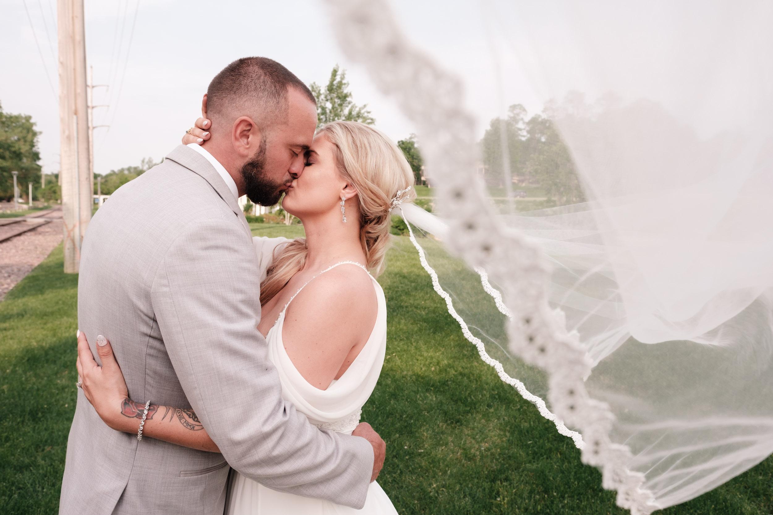 19-06-01 Megan Josh - Nicholas Conservatory Wedding-51.jpg