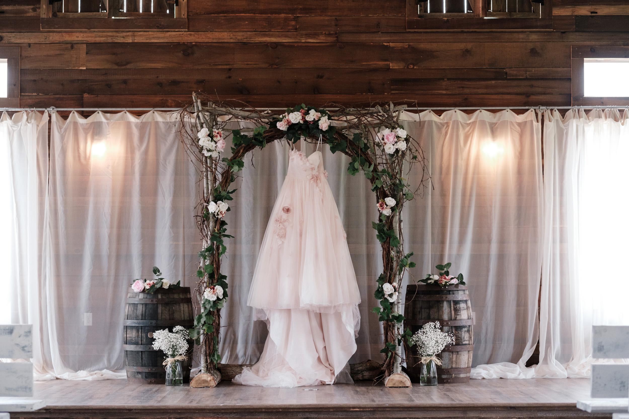 19-06-22-Ryan-Katie-The-Fields-Reserve-Wedding-6.jpg