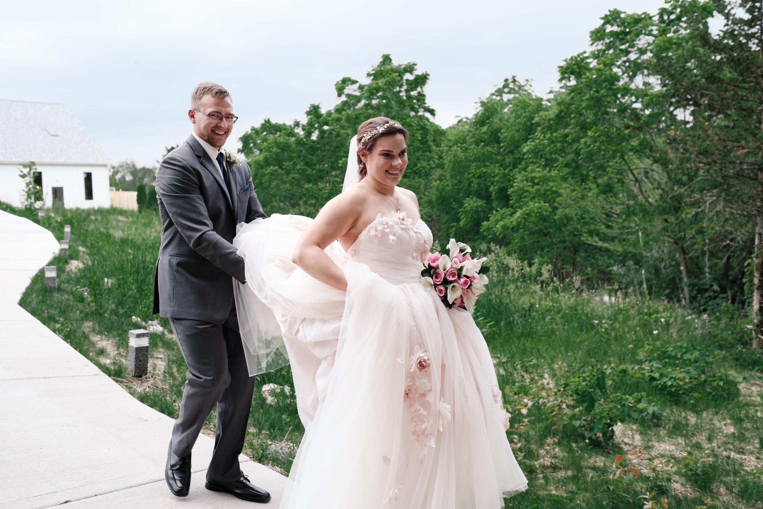 19-06-22-Ryan-Katie-The-Fields-Reserve-Wedding-37.jpg