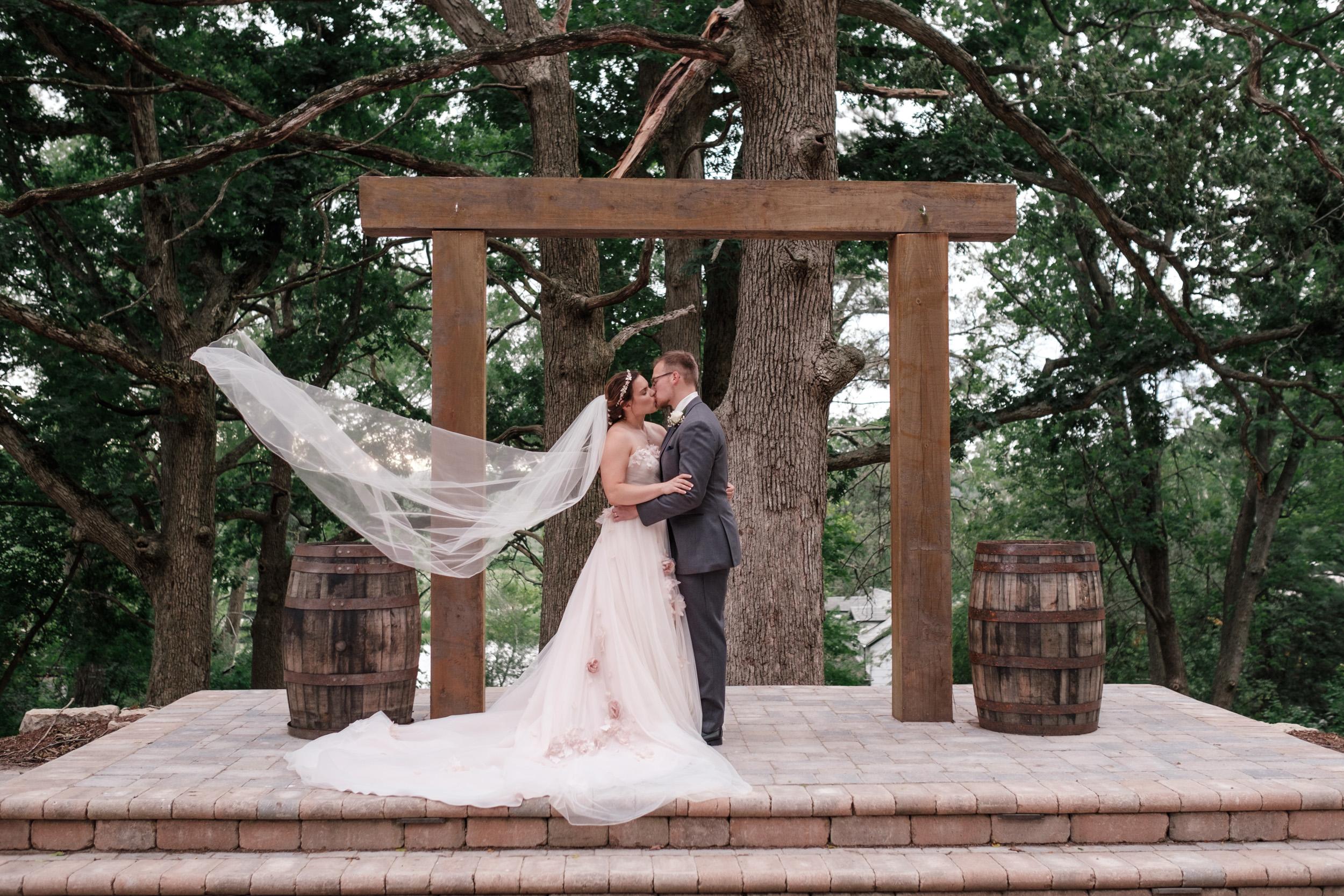 19-06-22-Ryan-Katie-The-Fields-Reserve-Wedding-39.jpg