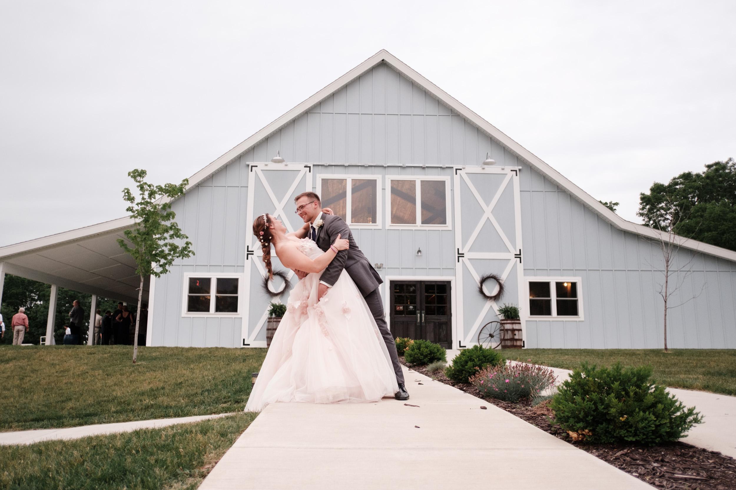 19-06-22-Ryan-Katie-The-Fields-Reserve-Wedding-71.jpg