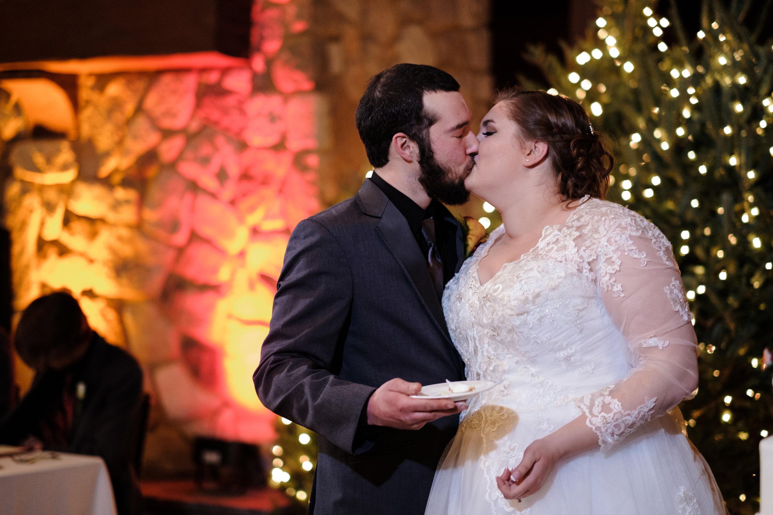18-12-28 Corinne-Henry-Pavilion-Wedding-460.jpg