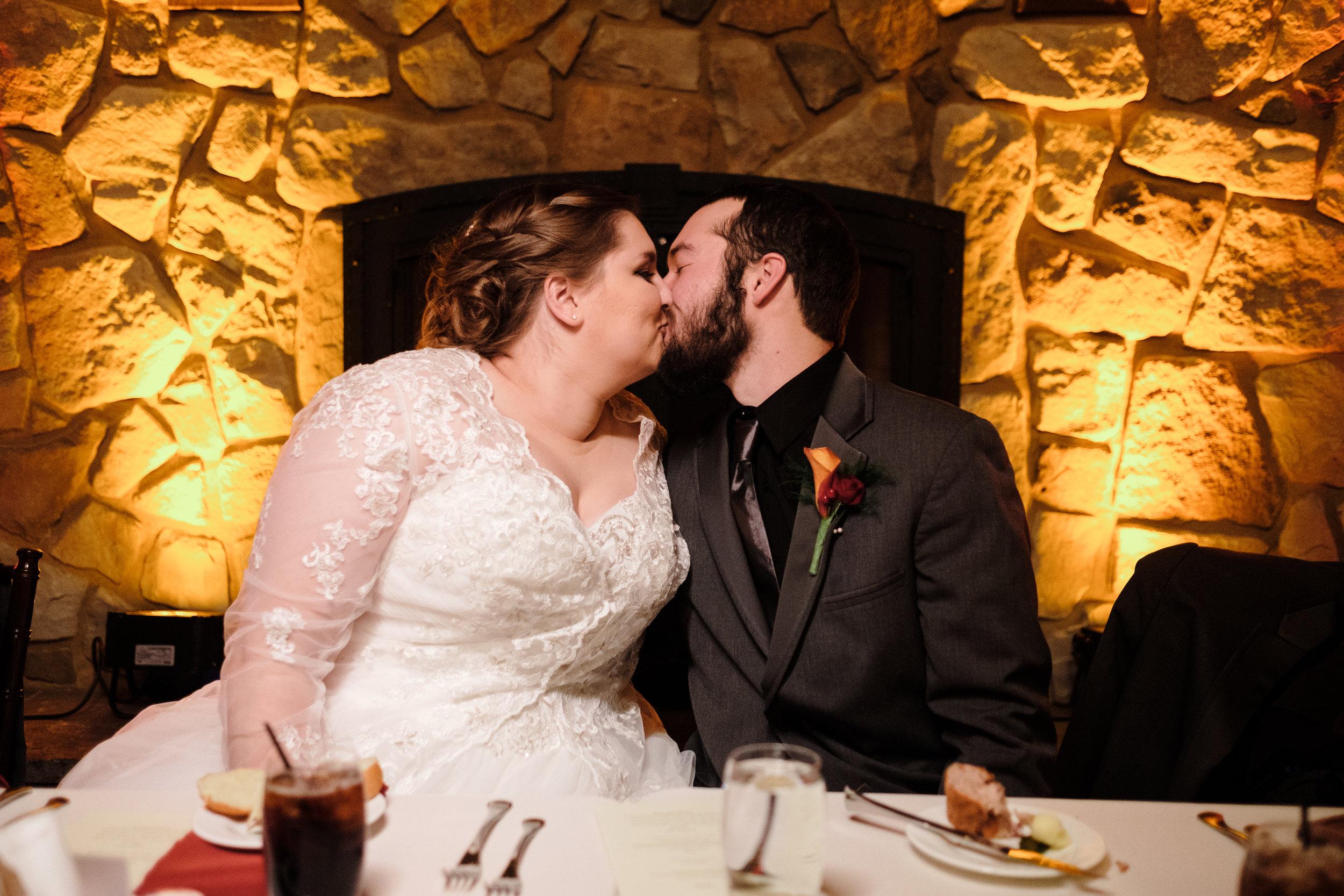 18-12-28 Corinne-Henry-Pavilion-Wedding-489.jpg