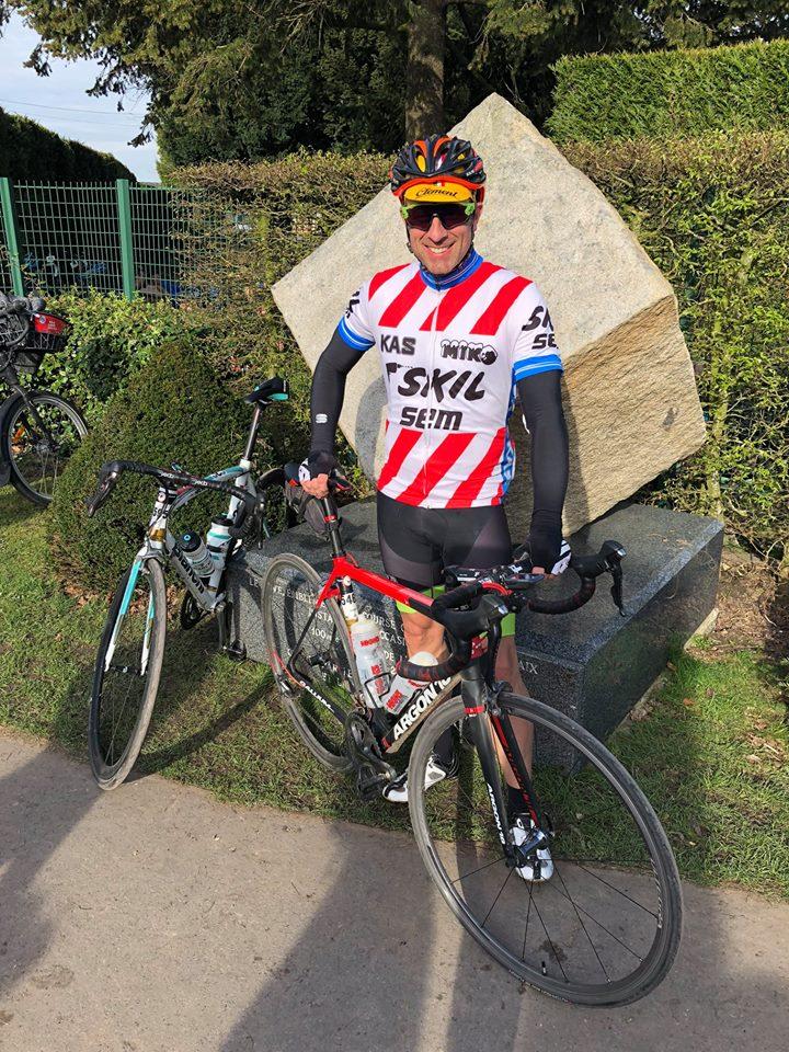 04 08 Paris Roubaix 1.jpg