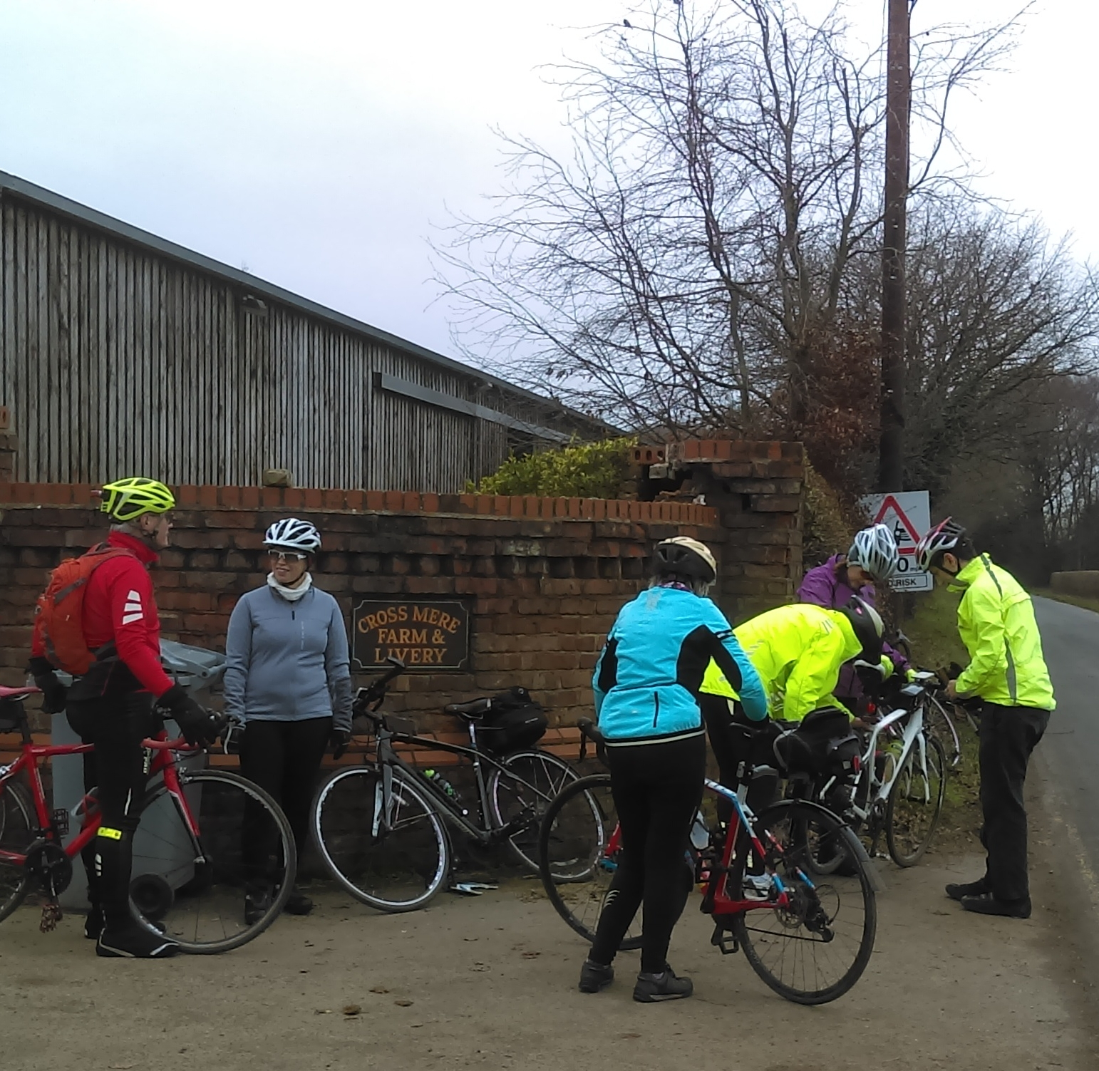 Team effort on the puncture