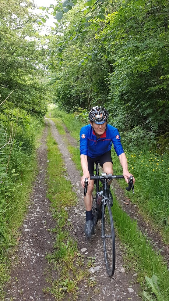 This is Dave enjoying a mile of this between approx miles 25 and 26, known as Leys Lane then Cherpit Lane. Not exactly deliberate but, unusually, it worked OK, even for me, and I am off-road averse (and expect to remain so).