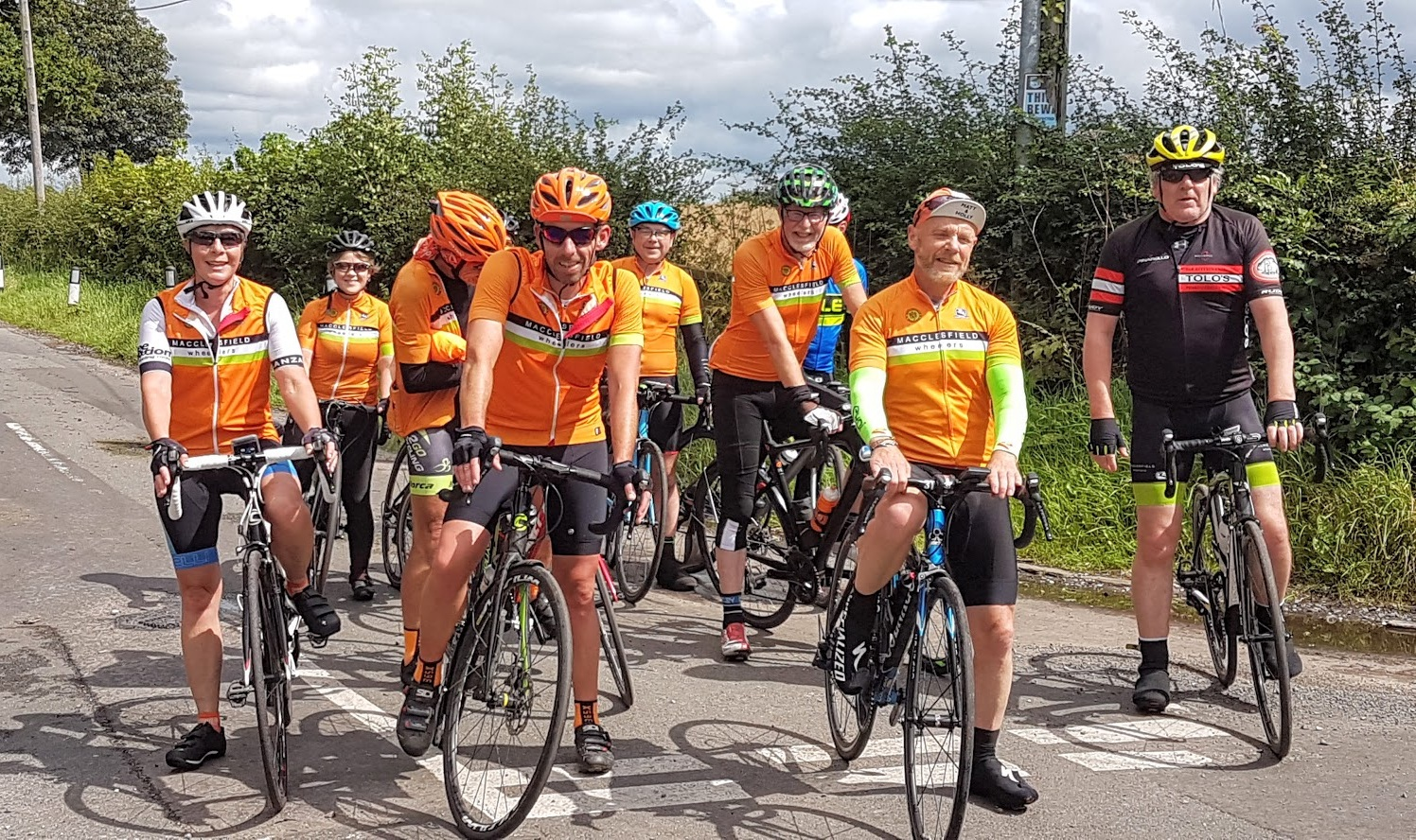 50-mile route pit stop at Rostherne Lane. Alison, Kirsten, Andy, Christian, Mark, David, Rob, Paul, Andrew. Thankfully off camera behind (separate) hedges: Bennet, Eddie.