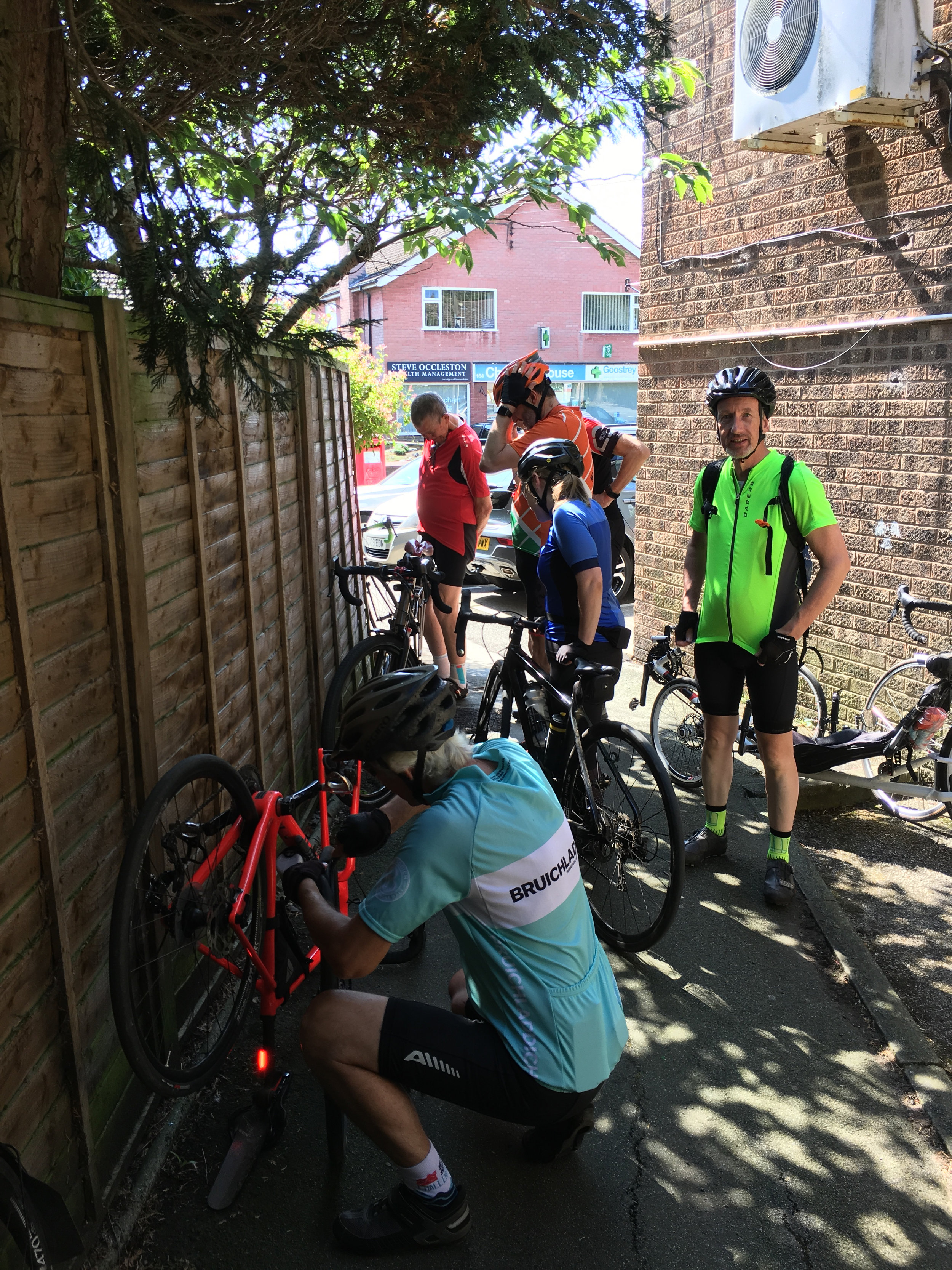 Simon's bike attracted attention from those in the know. Note the recumbent in the background.