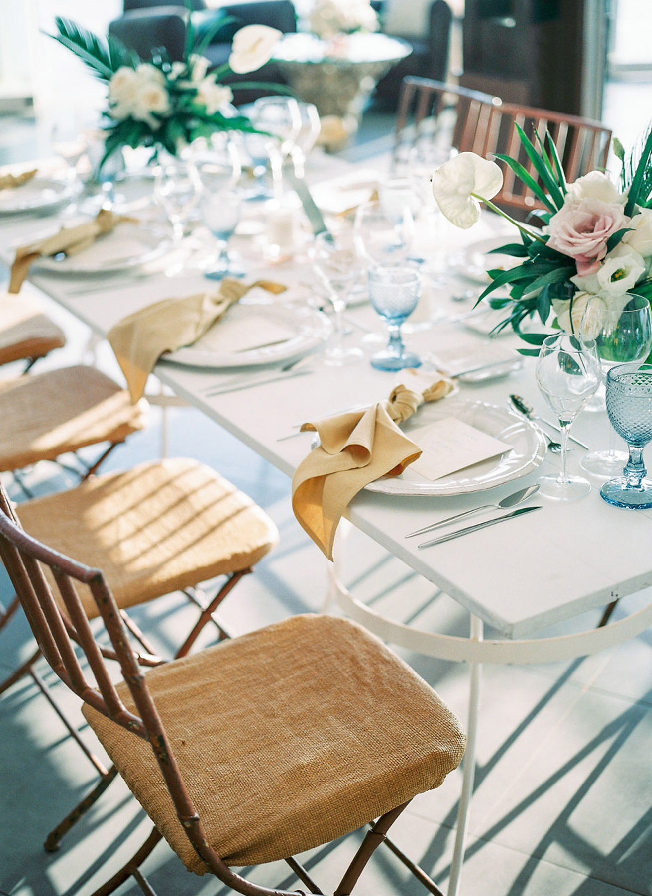 destination-wedding-table-setting