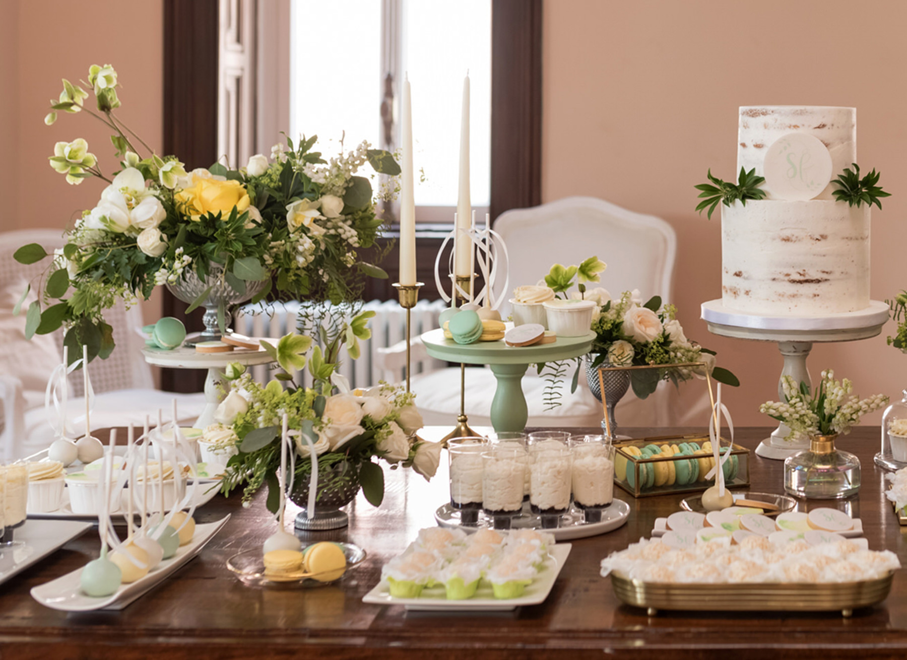 destination-wedding-sweet-table