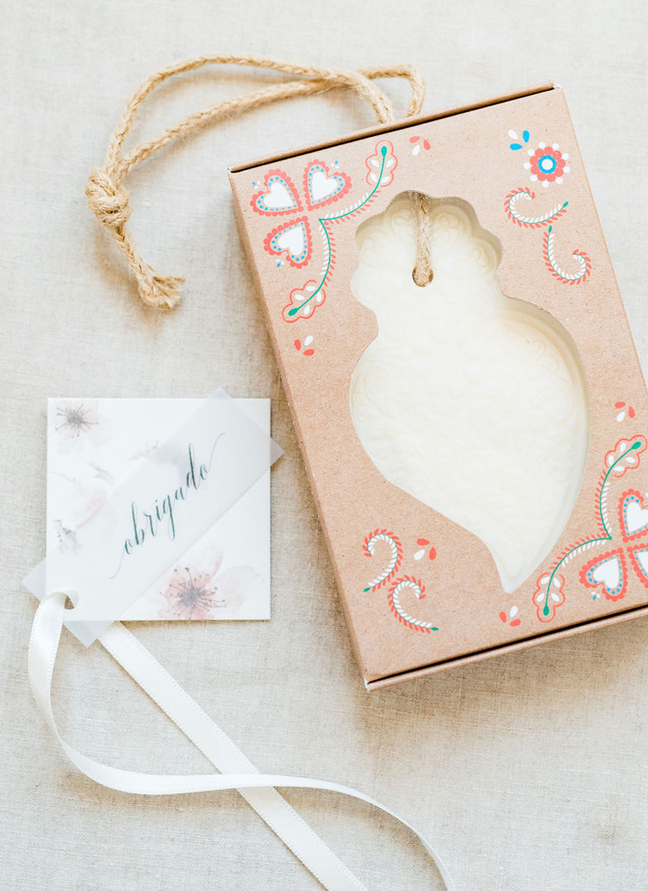 destination-wedding-portugese-gift