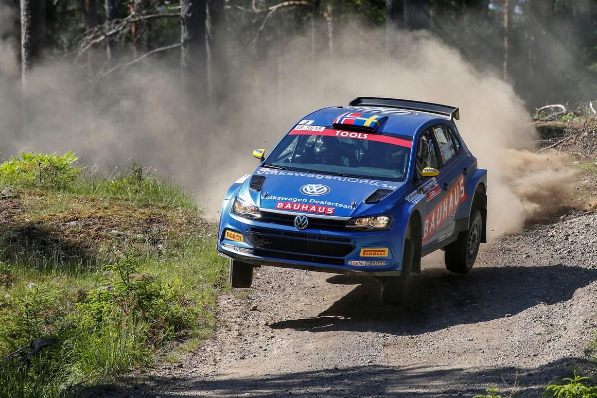 Johan Kristoffersson har på kort tid blivit expert också på rally och kommer till Kolsvarundan med en färsk tredjeplats i WRC2-klassen från det finska VM-rallyt. Foto: Kristoffersson Motorsport