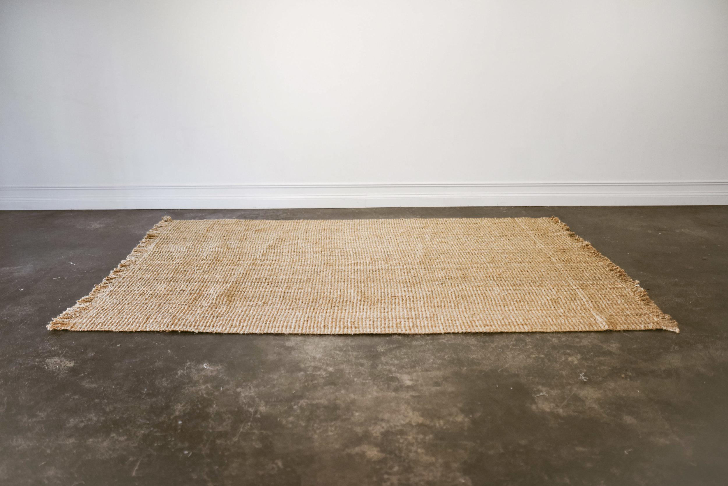 leona rug