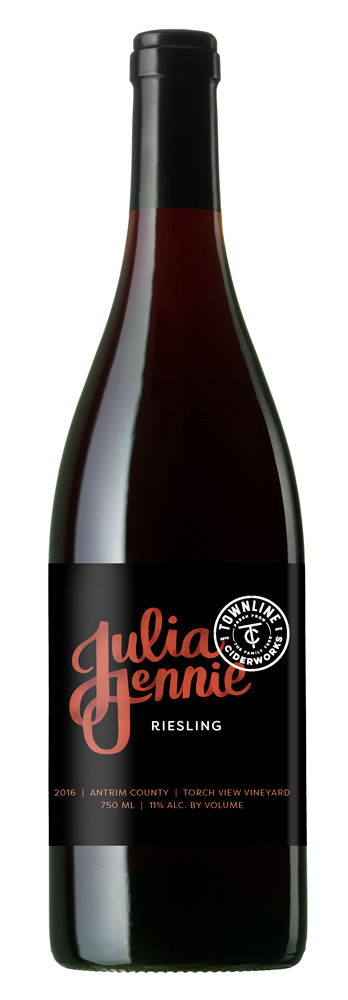 julia jennie riesling - Our Riesling shows off a balanced display of citrus fruits, stone fruits, and minerality.2017 MICHIGAN WINE & SPIRITS AWARD: BRONZE11% alc. / vol.