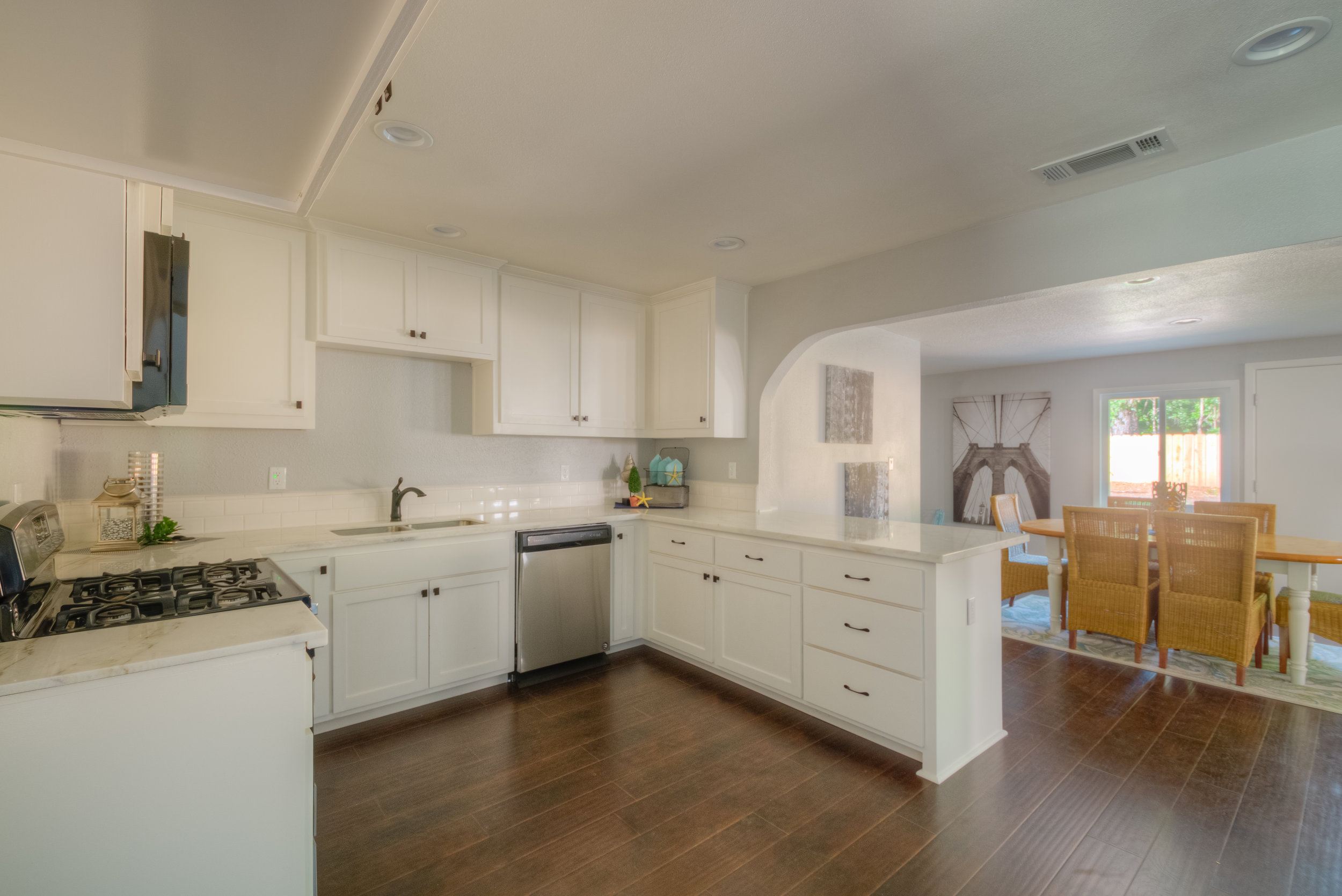 920 Neal Dow Ave 012 Kitchen (after).jpg