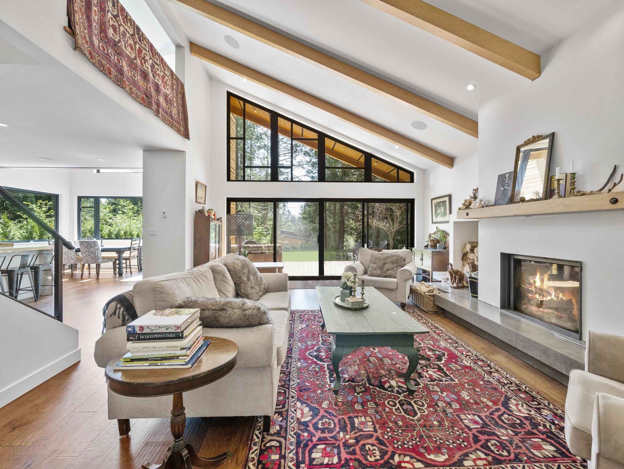 p24 living room and large windows, no bike_MJ.jpg