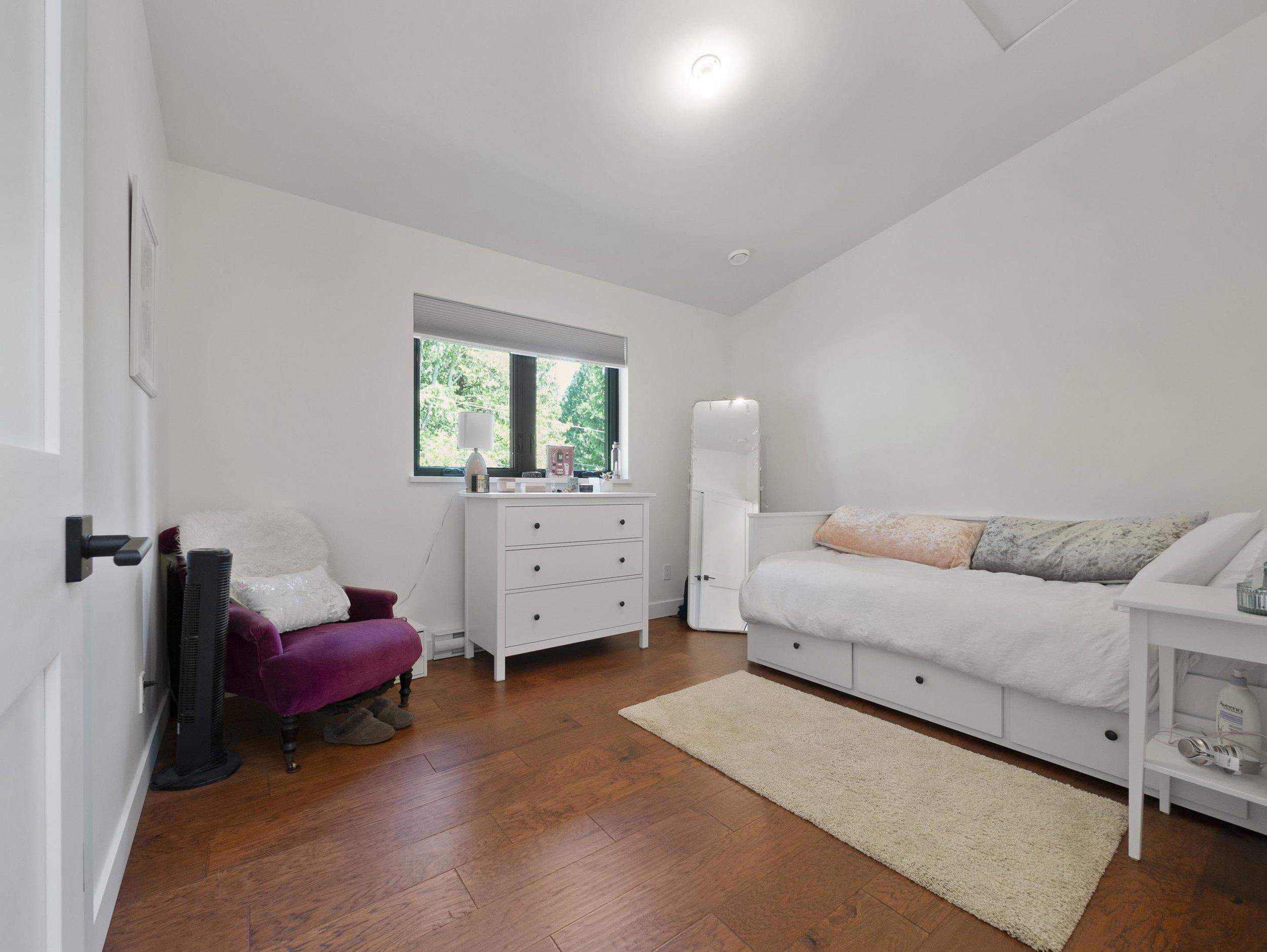 p36 bedroom three_MJ.jpg
