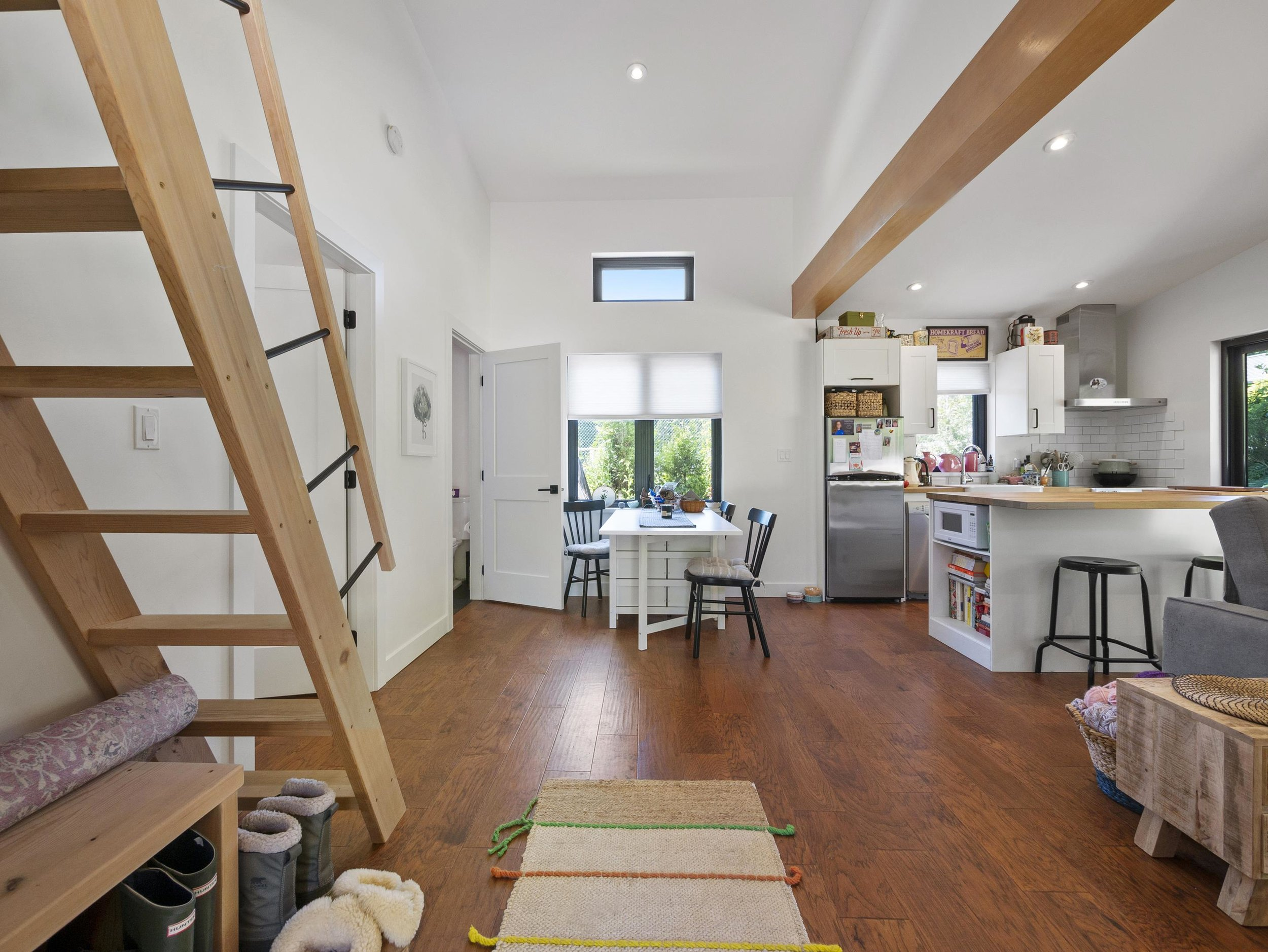 p62 second home living space_MJ.jpg