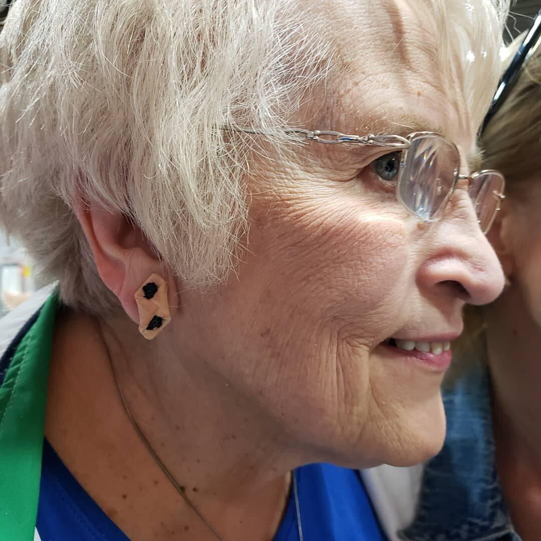 poppyseed-kolochy-earrings.jpg