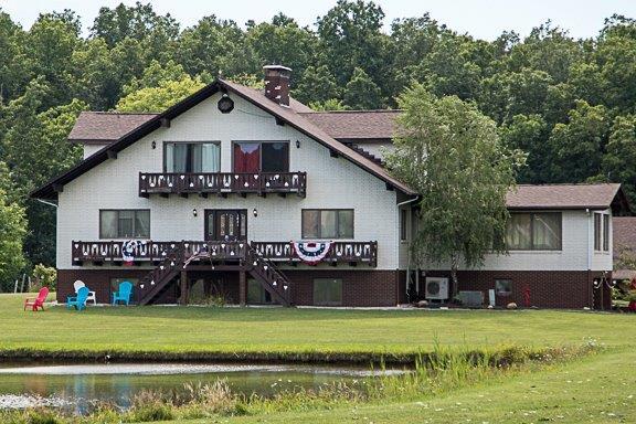 - 1841 Barnum Rd.Geneva, OH 44041Click for Map614-678-6177Vines & Wines Wine TrailAshtabula County