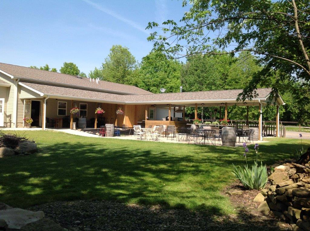 - 2282 St Rt 305 (Wilson Sharpsville Rd)Cortland, OH 44410Click for Map330-638-0000countryporchwinery.comCanal Country Wine TrailTrumbull County