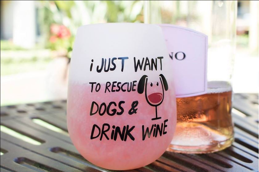 roses rescue wine & dogs event.JPG