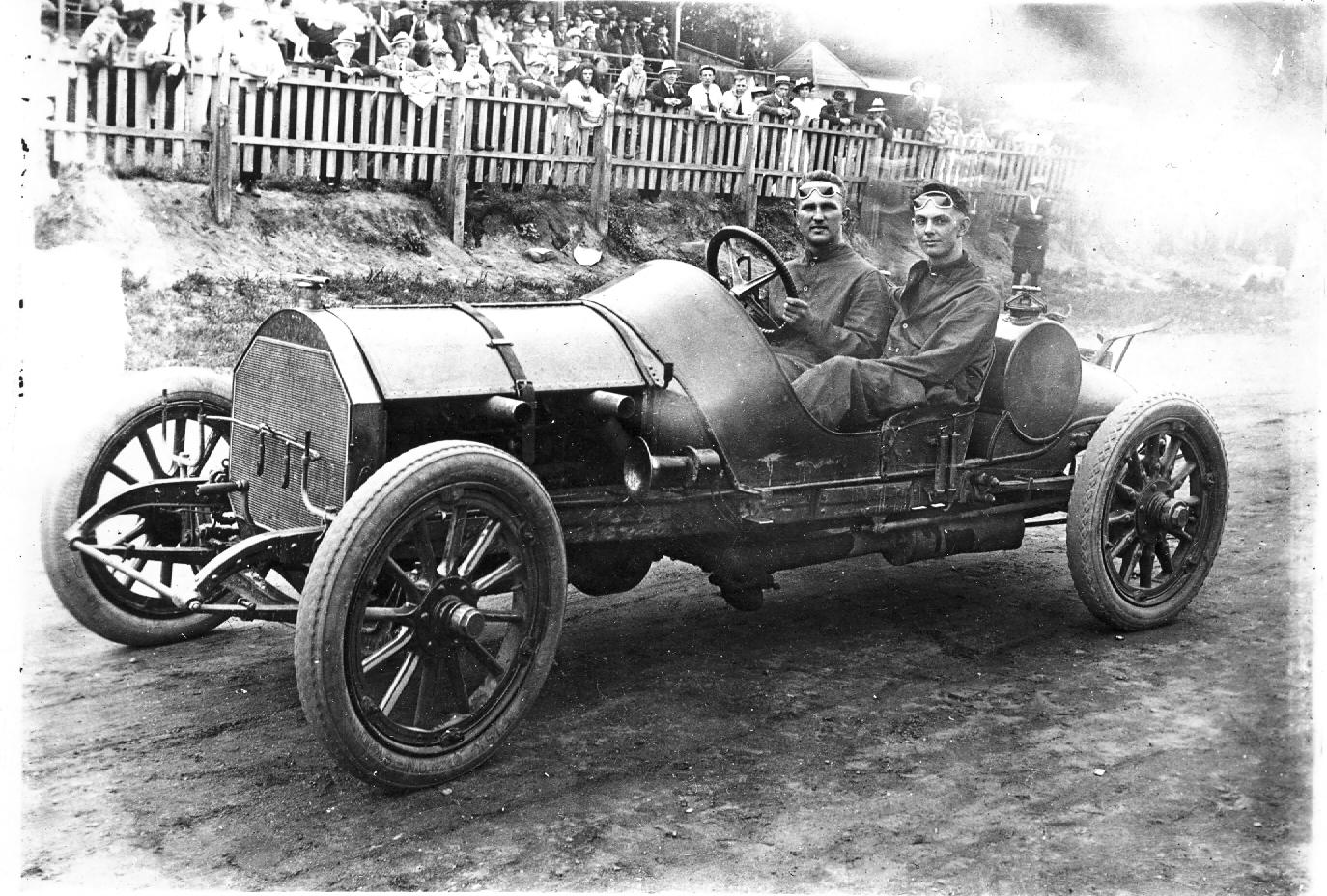 racecars2.jpg