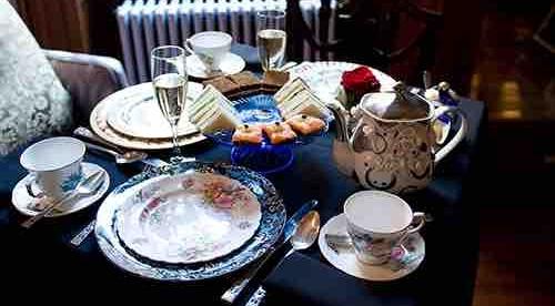 GRAMERCY PARK TEA & TALK -