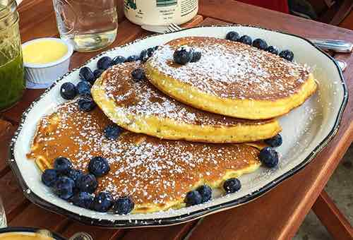 pancakes at bubbys highline