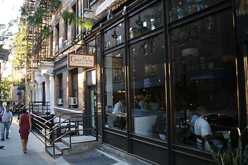 Casellula wine bar exterior