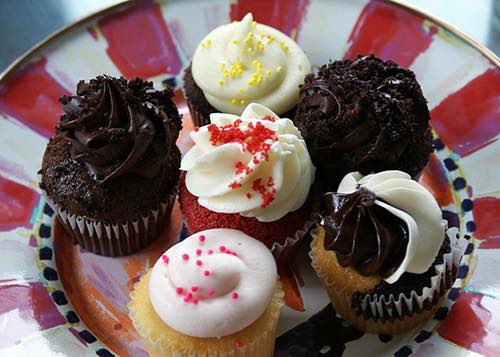 small cupcakes at two little red hens bakery upper east side