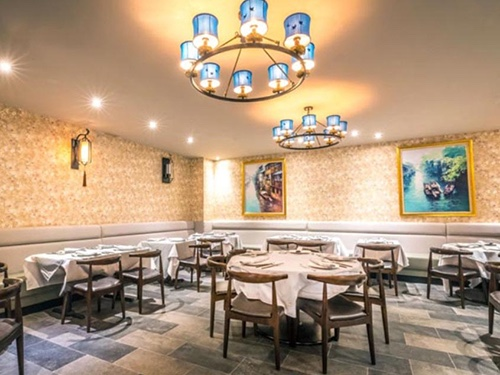hwa yuan inside dining room chinatown manhattan new york city