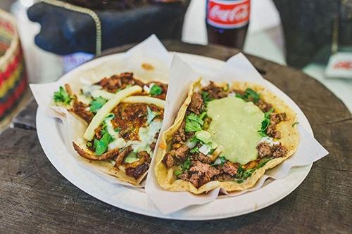 los tacos no1 platter in chelsea market manhattan new york city