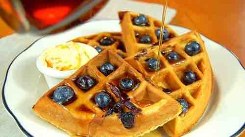 penelope cafe waffles lexington manhattan new york city