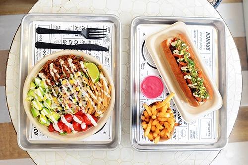 plate at by chloe burger rockefeller center midtown manhattan new york city