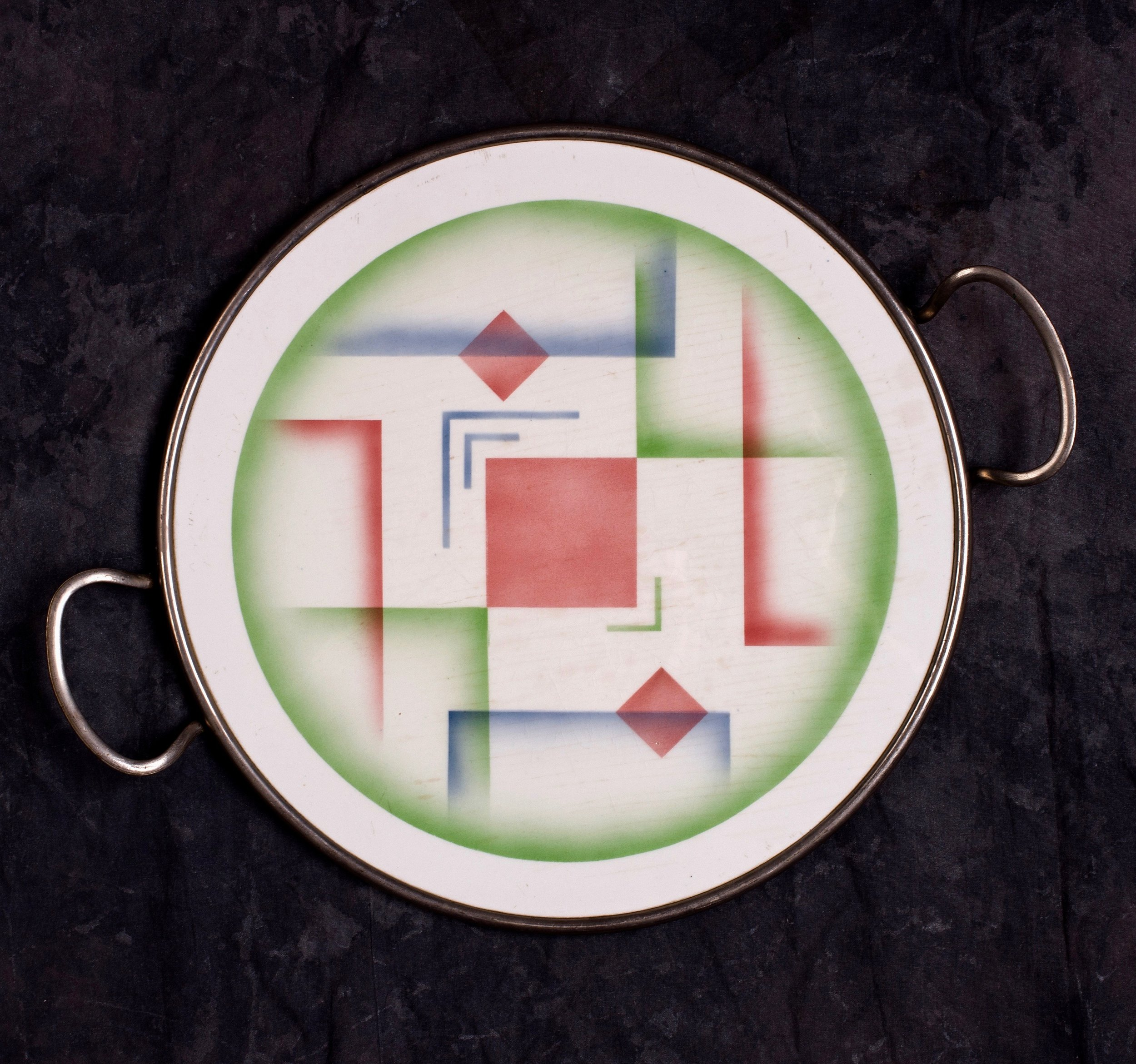 #39 Platter, form 30, dec.5837, Grünstadt, ca.1930. Green mfr., 58378; 1.5 cm H, 30.2 cm Ø. RM317