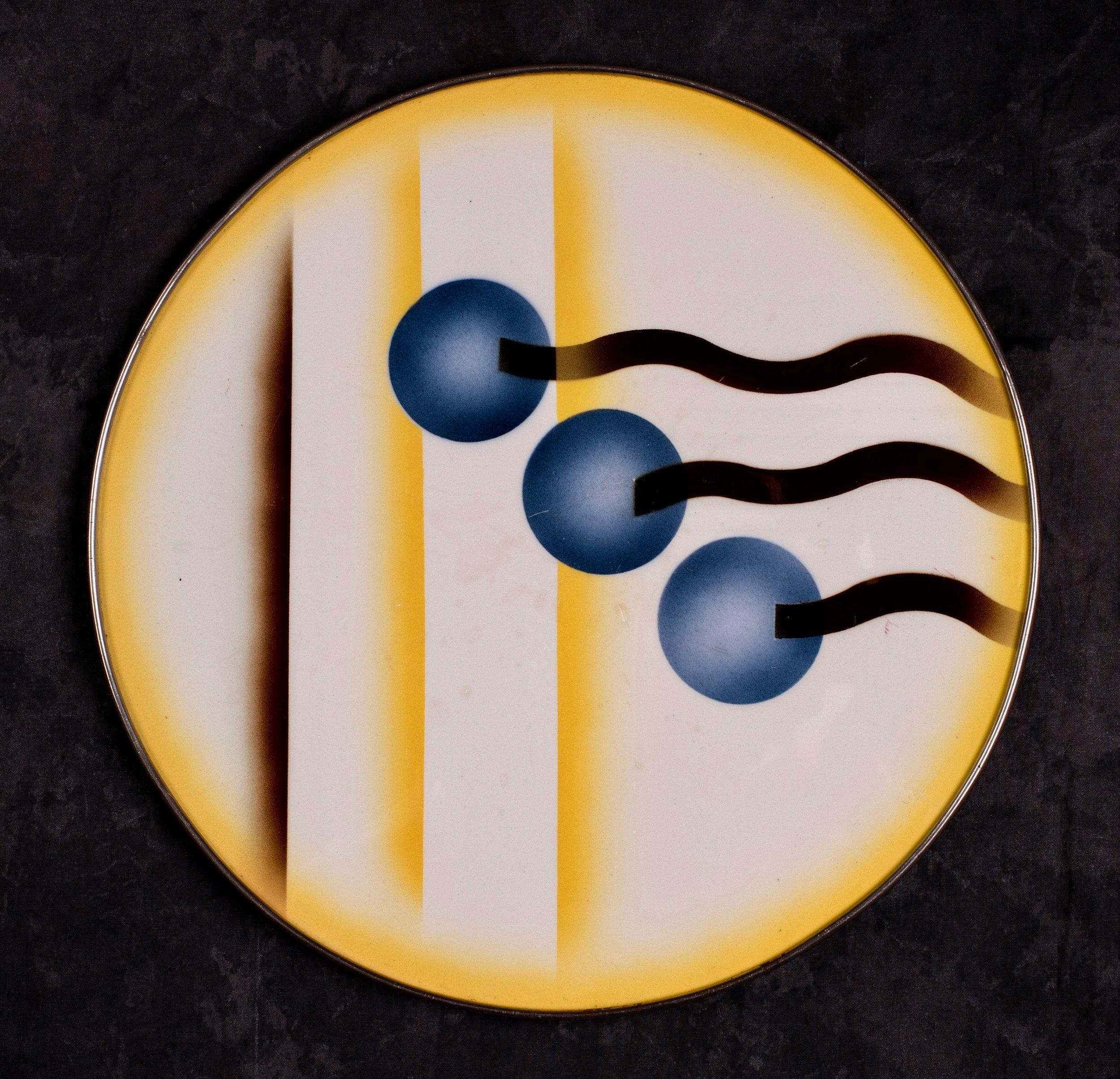 #58 Platter, form 30, dec.6264, Grünstadt, ca.1930. Green mfr., X6264N; Blind 42 33 M; 30.3 cm Ø. RM2736