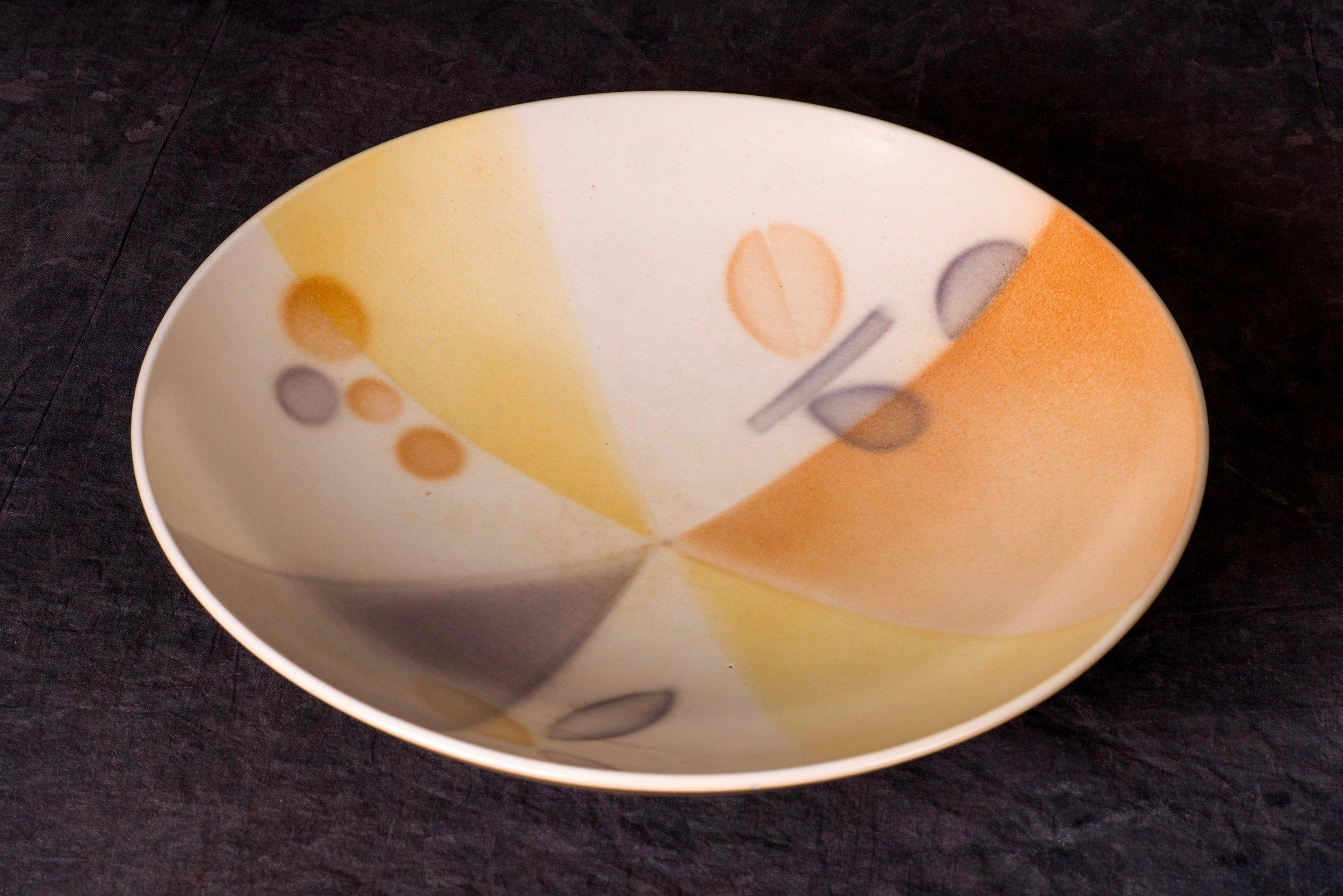 #109 Bowl, form 3120, dec.86, Karlsruhe, form and dec. by Martha Katzer, 1929. Black 3120/86/Germany; Blind mfr.; 7.5 cm H, 31.6 cm Ø. RM2738