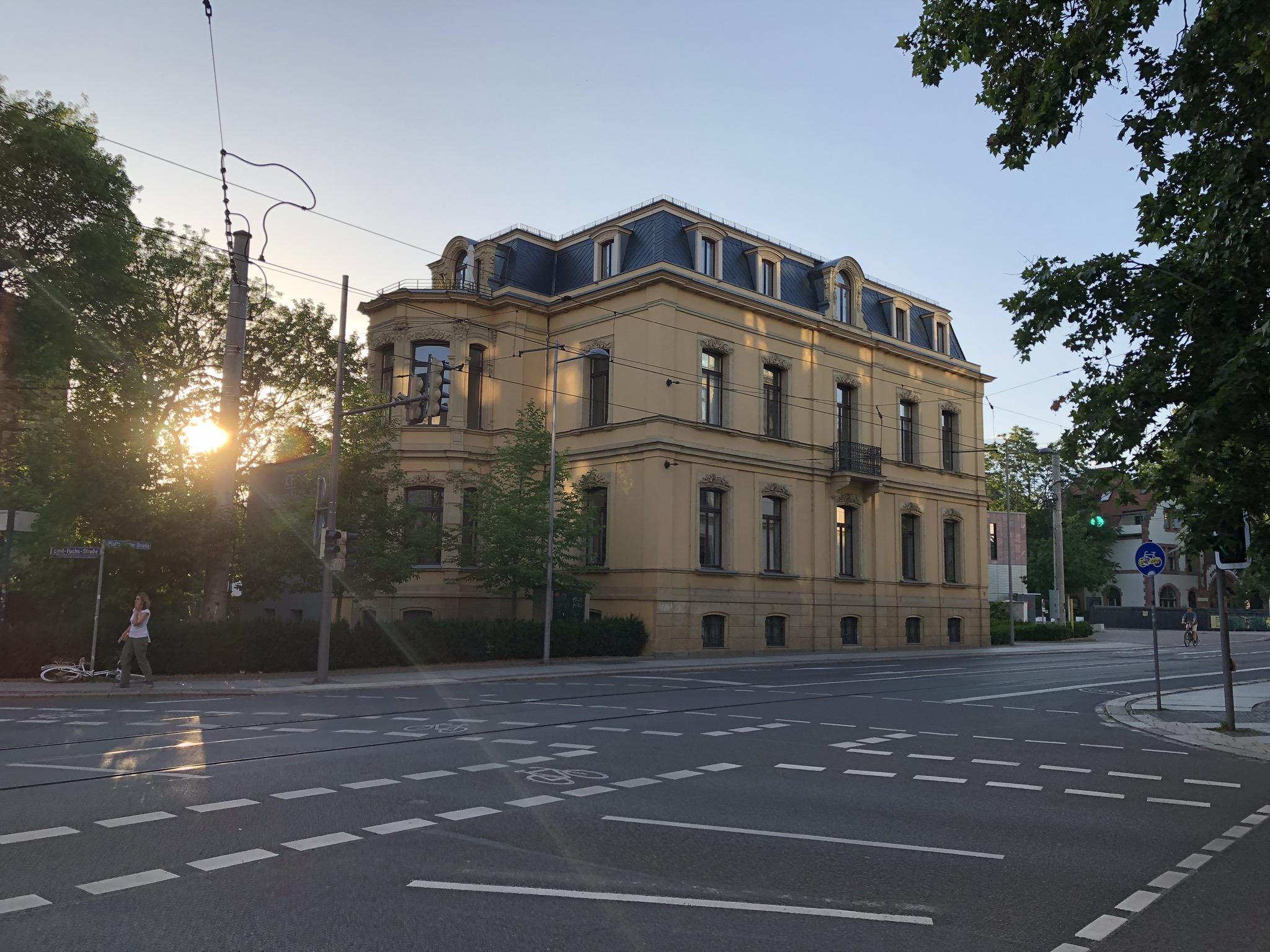 Kvällspromenad hem genom Leipzig