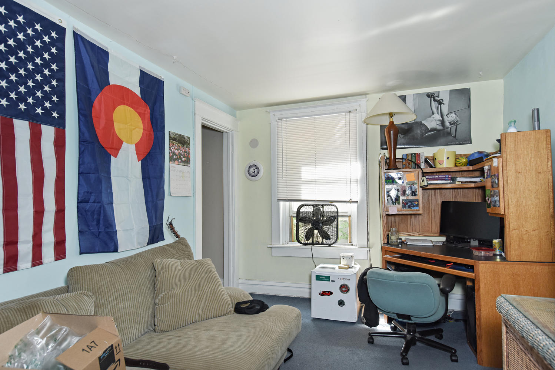1421 Washington Avenue Golden-large-003-011-A Living Room-1499x1000-72dpi.jpg