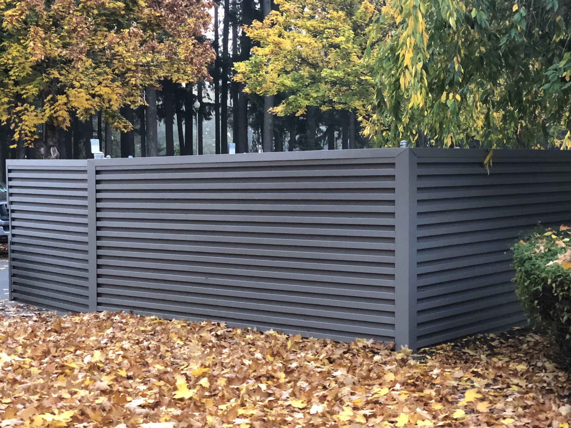 IMG_4177-fence.jpg